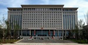 广州某政府办公单位约克螺杆机中央空调清洗服务